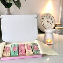Load image into Gallery viewer, Scentful Wax Monthly Subscription Box