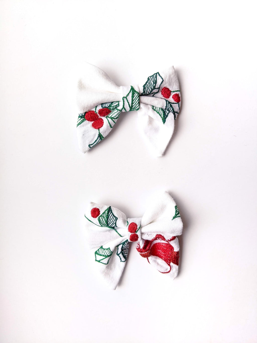 """Clarice"" Small Embroidered Bow"
