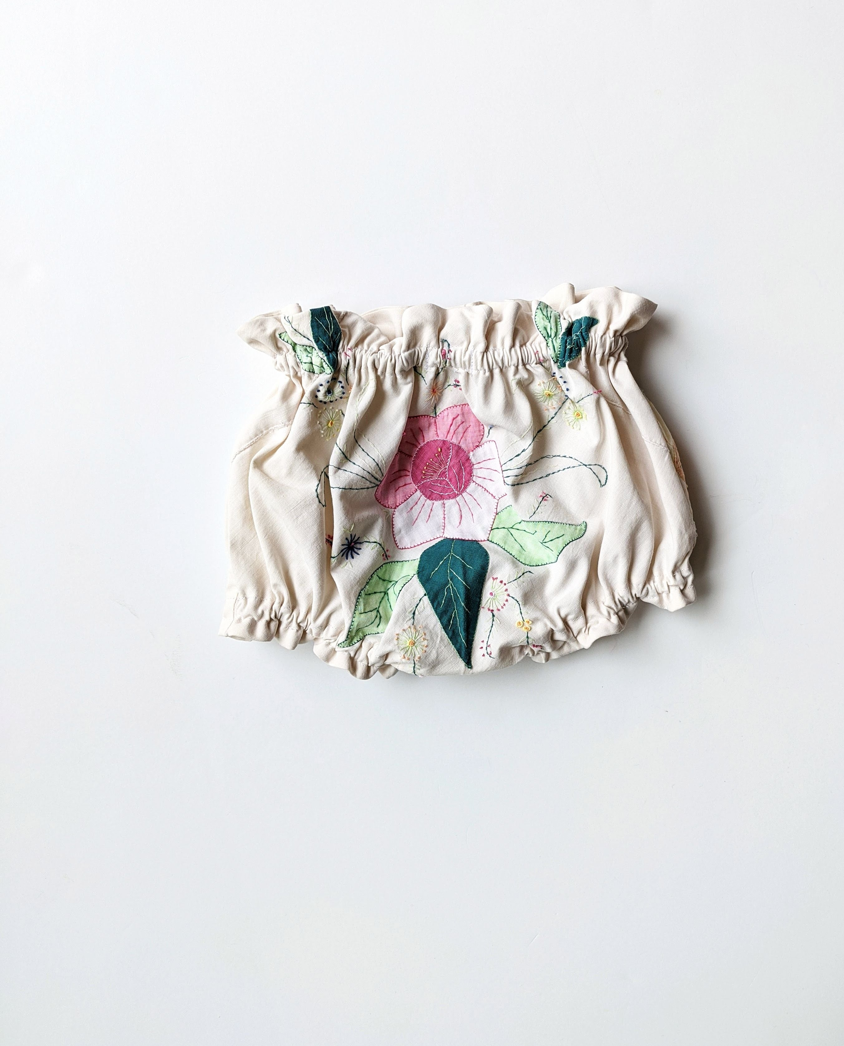 Ruffled Bloomers- Size 9/12 Months