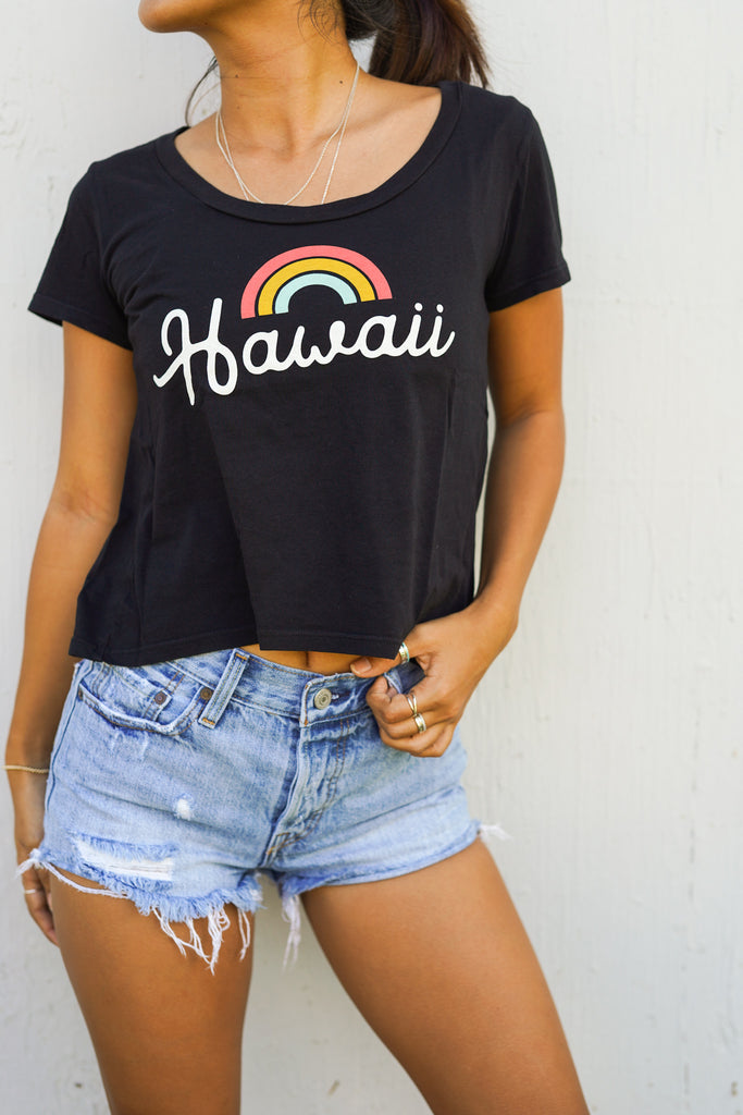 Bows 4 Hawaii- Crop Tee- Black/Grapefruit