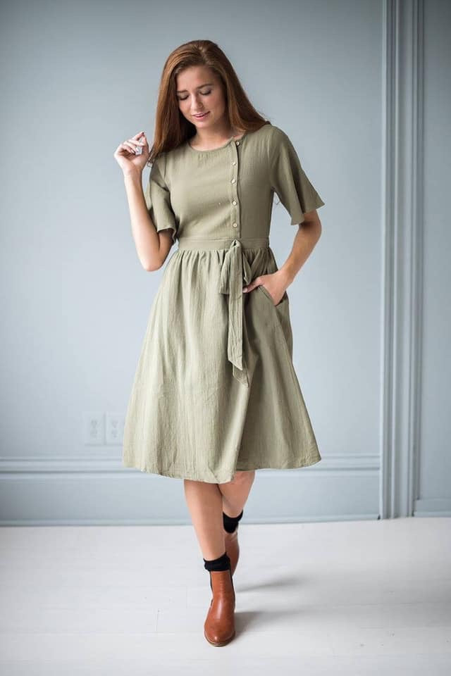 Buttoned  Up Dress WITH POCKETS!