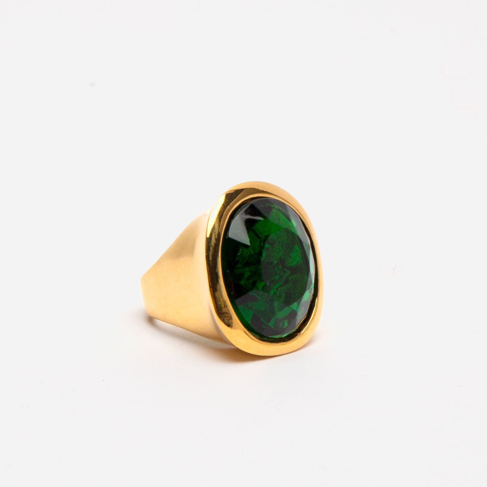 Duchess Ring Emerald