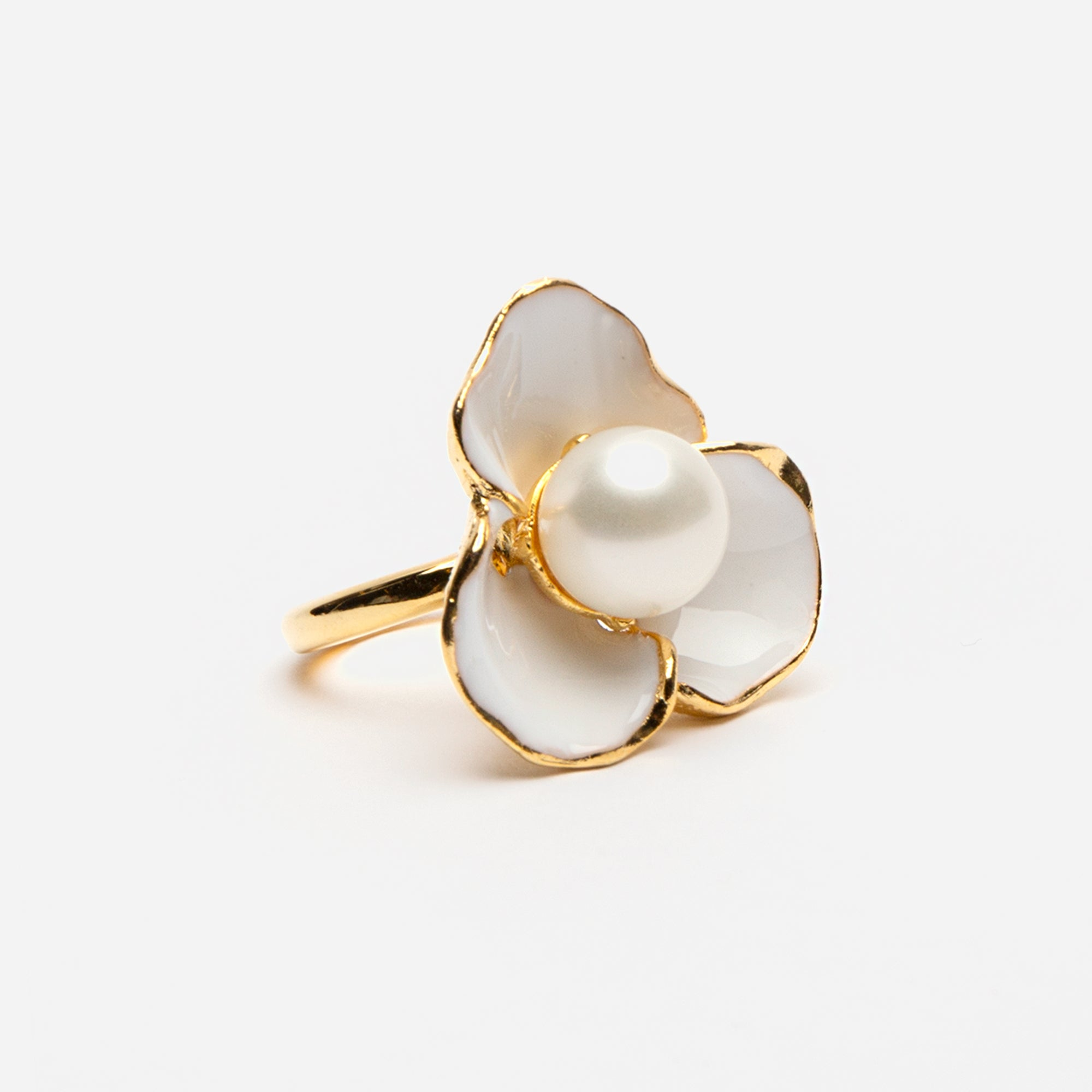 White Pearl Flower Ring