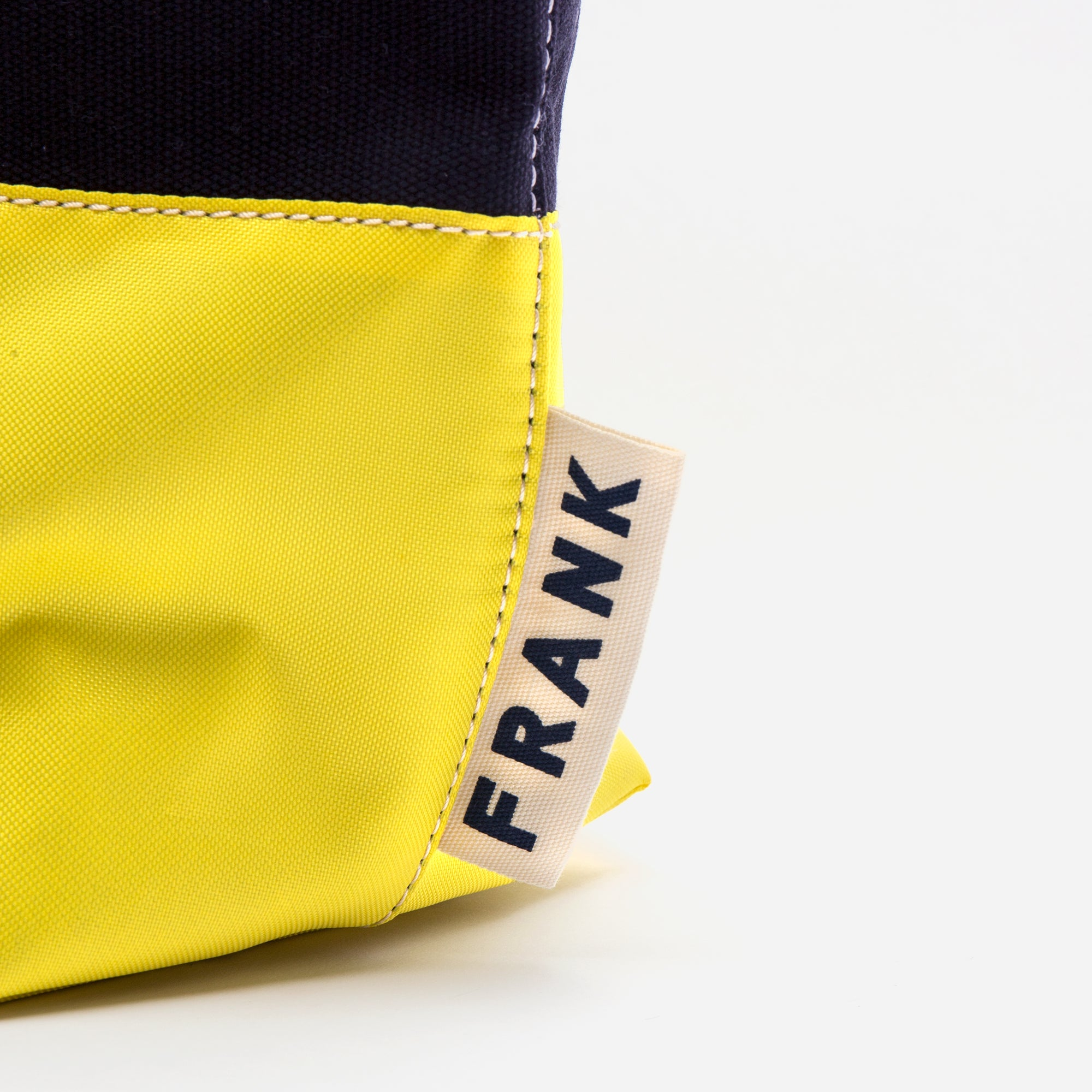 Frank Men's Canvas Weekend Tote Black Yellow