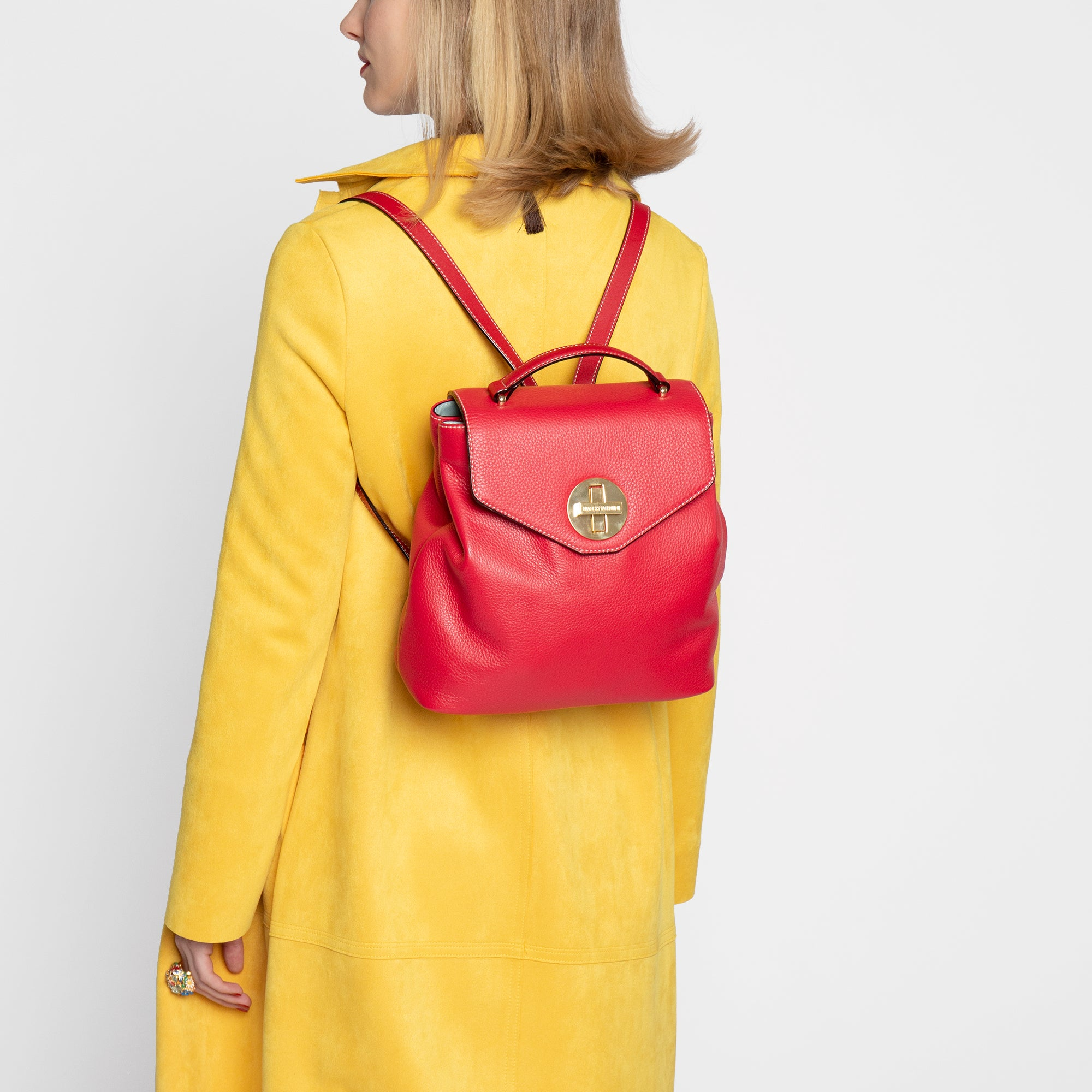 Midge Backpack Tumbled Leather Red