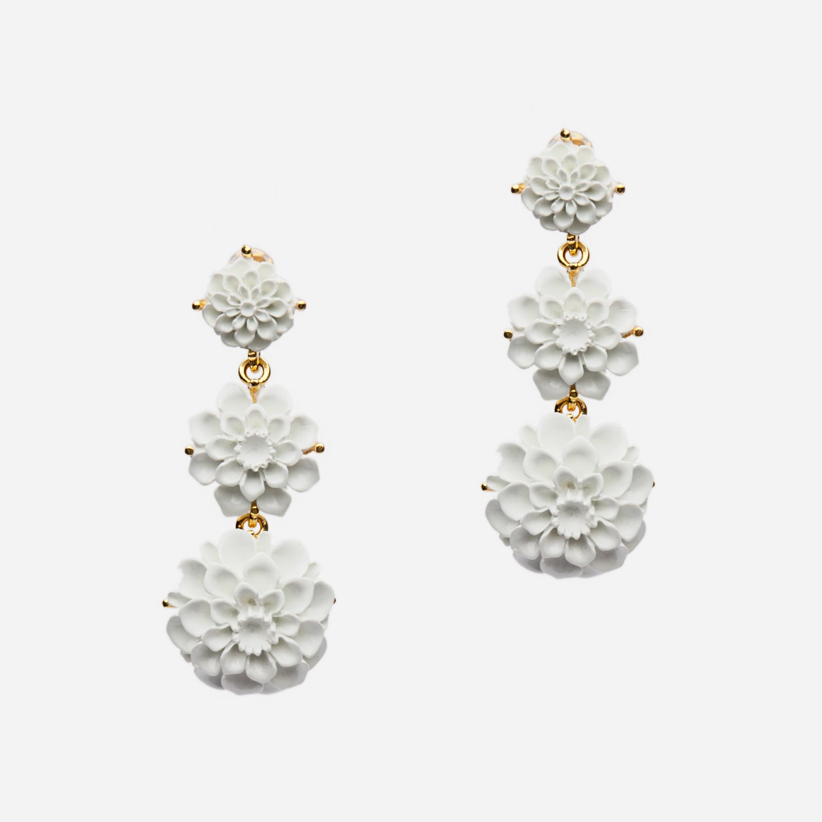 Cascading Peony Earring White
