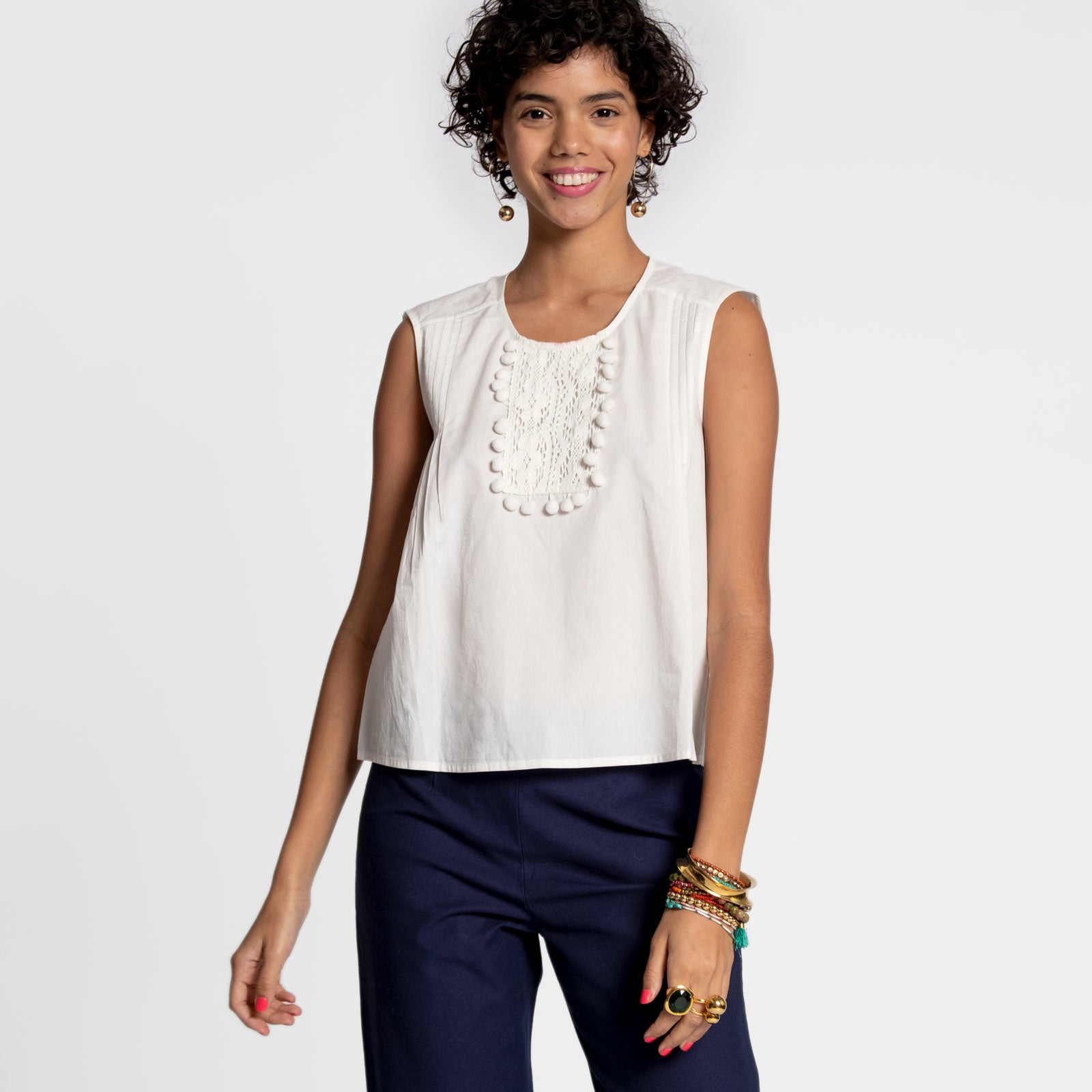 Pom Pom Lace Shell White