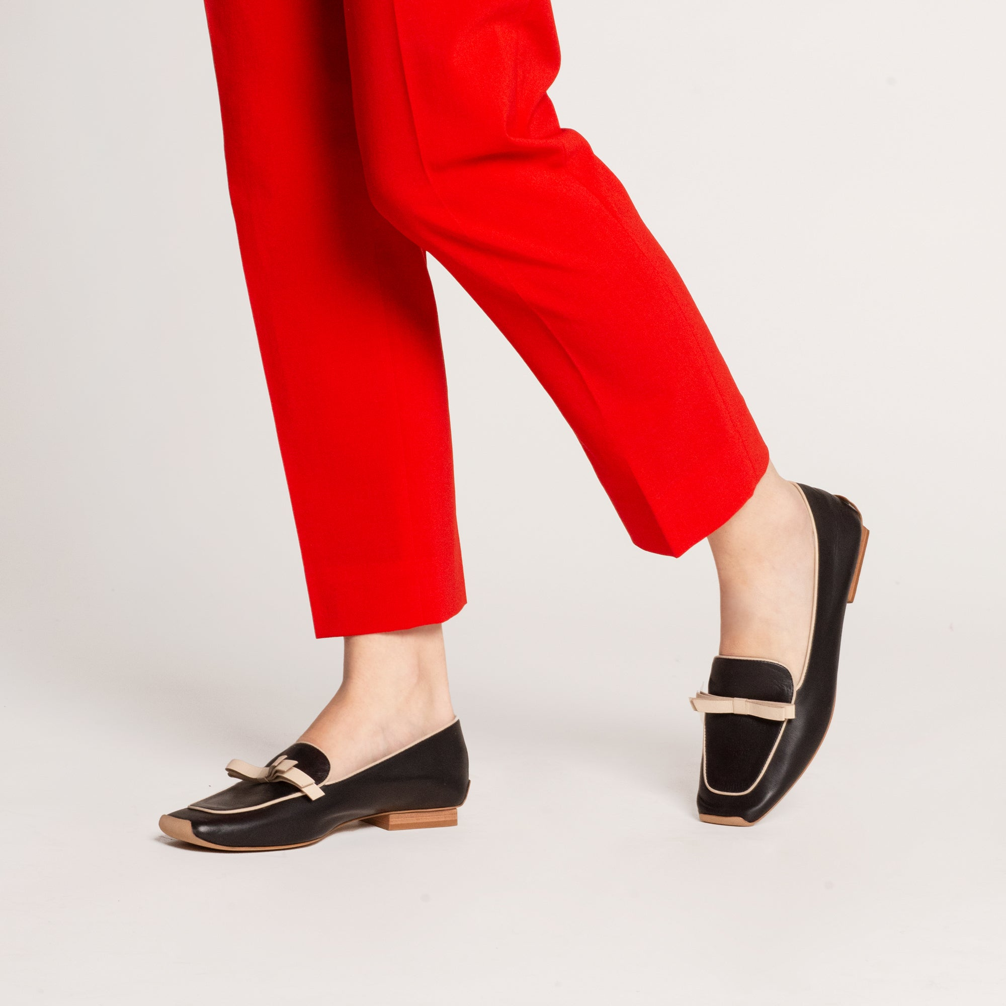 Suzanne Loafers Leather Oyster Black