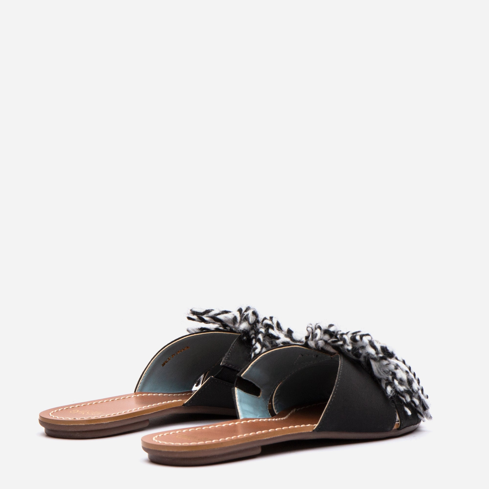 Trez Yarn Fringe Slide Black Multi