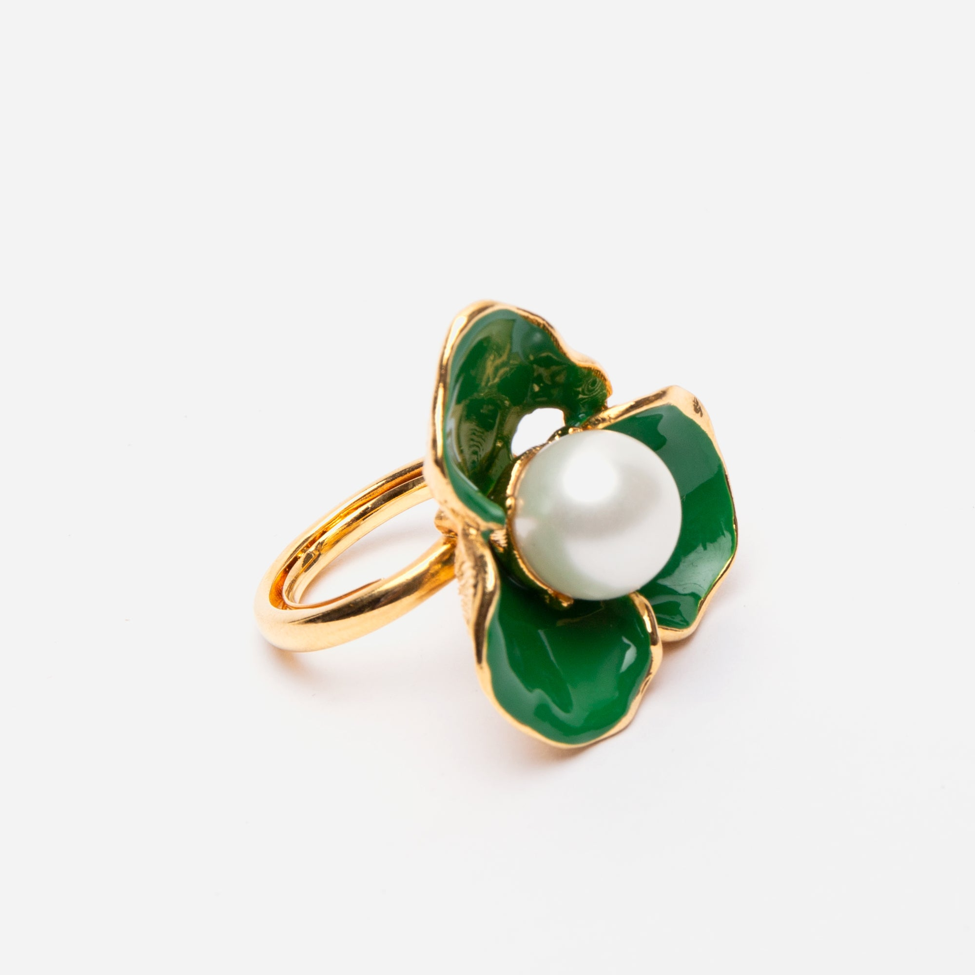 Emerald Pearl Flower Ring