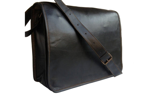 Preto Leather Messenger