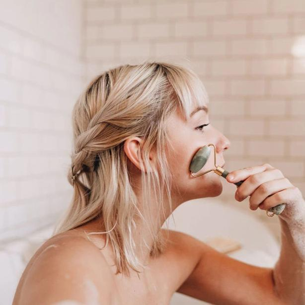 Green Jade Facial Roller