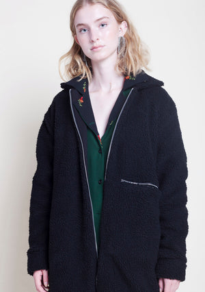 BLACK FUZZY PILE JACKET