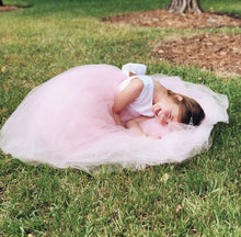 Load image into Gallery viewer, Emma Flower Girl Dress