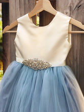 Load image into Gallery viewer, Flower Girl Dress, Dusty Blue flower girl dresses, Party dress, baptism dress 2