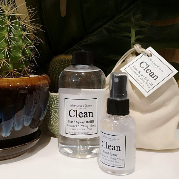 Beth + Olivia - CLEAN HAND SPRAY REFILL WITH LAVENDER & TEA TREE Gift Set