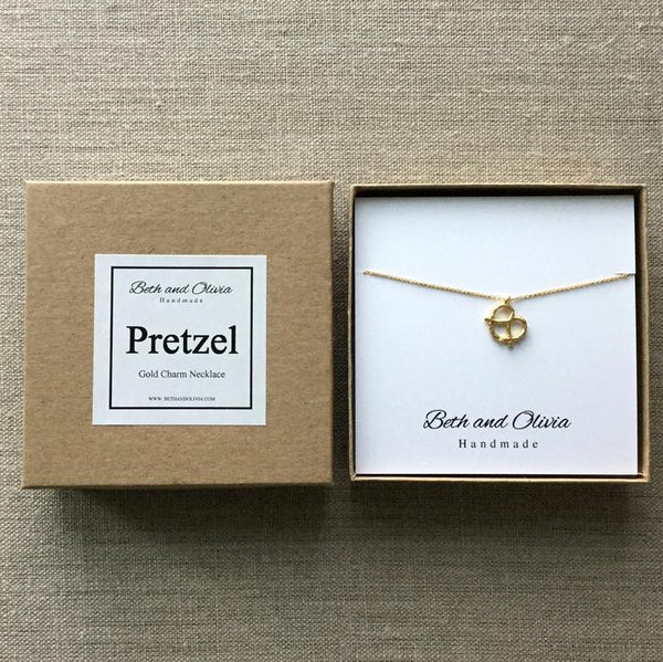 Beth + Olivia - GOLD PRETZEL NECKLACE