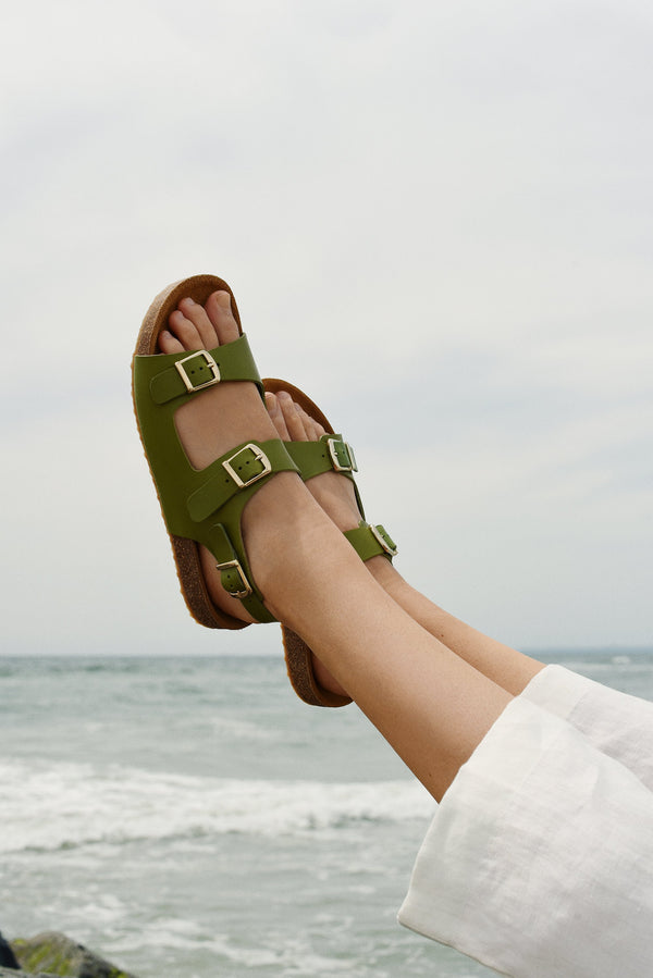 Cloud Sandal in Verde | Mansur Gavriel