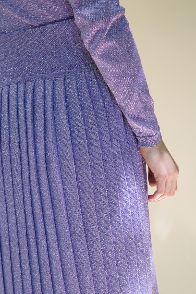 Pleated knit skirt by Hesperios