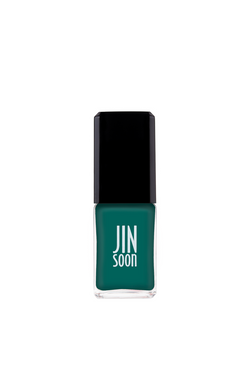 Green nail polish in Tila by JINsoon