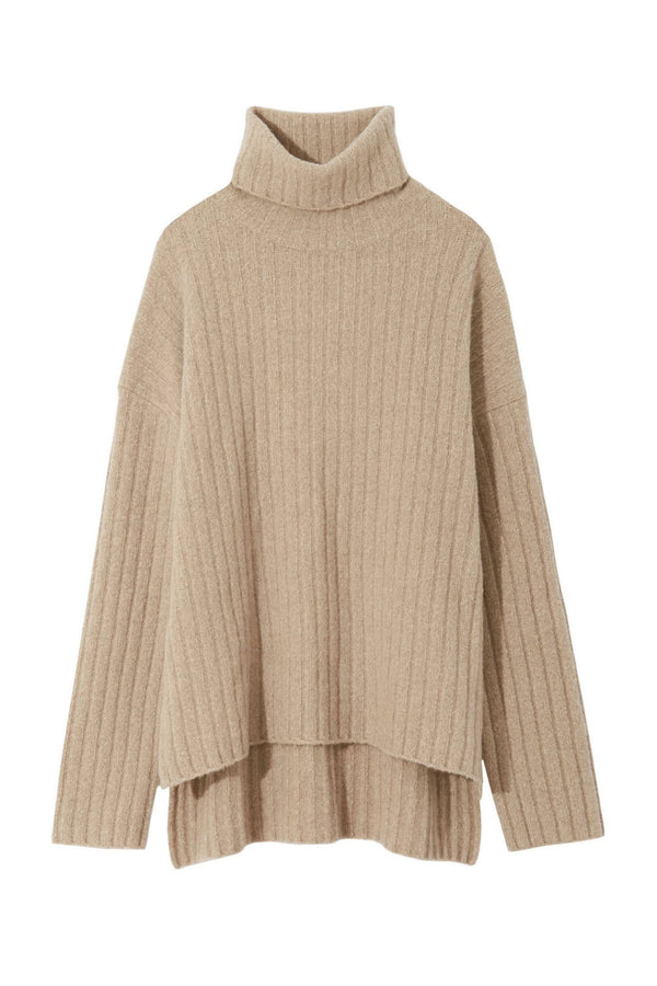 Cream turtleneck cashmere sweater from Nili Lotan