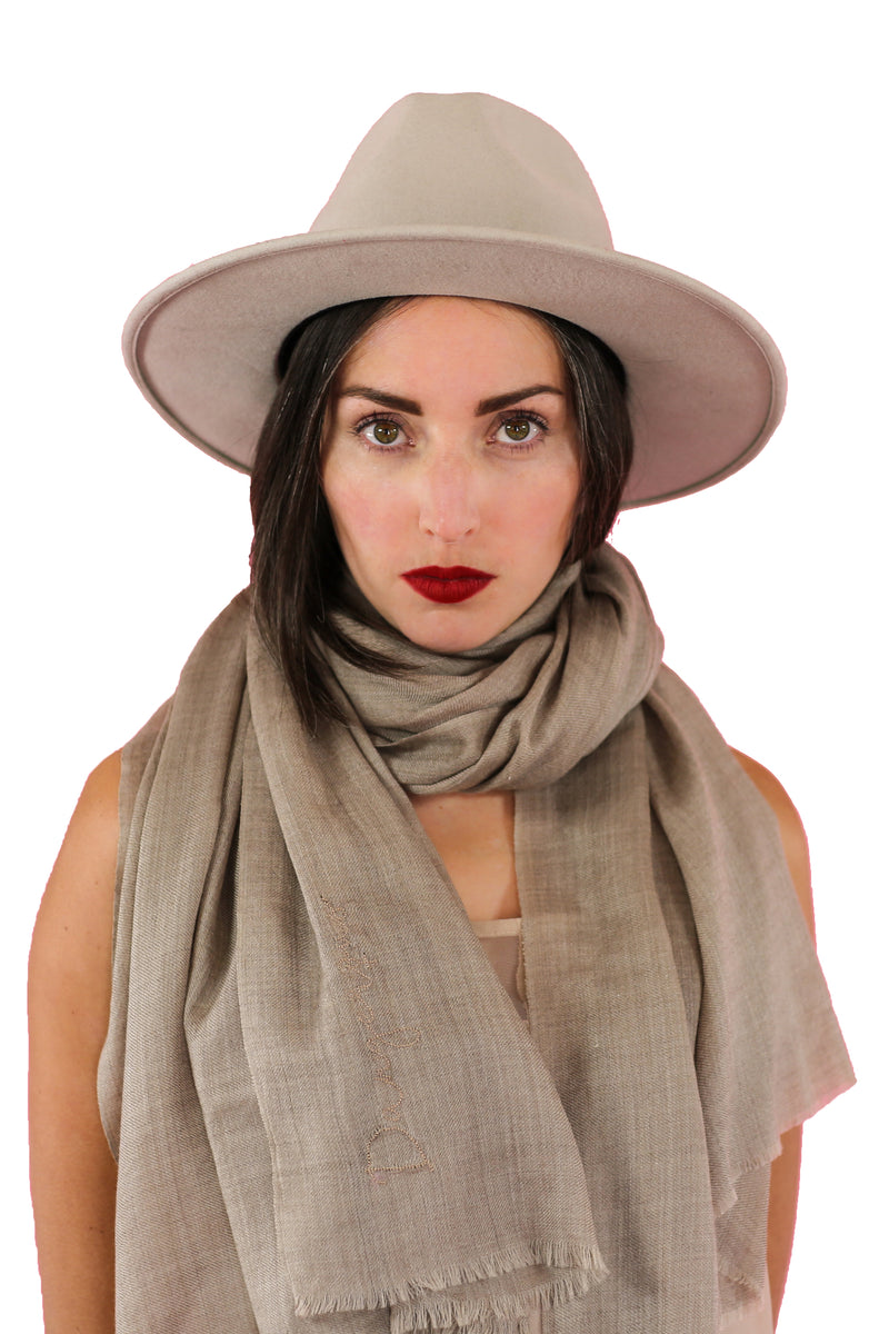 Dangerous Woman Pashmina