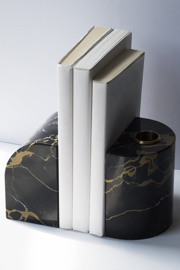 Handcrafted black and gold marble bookends from Sesstra