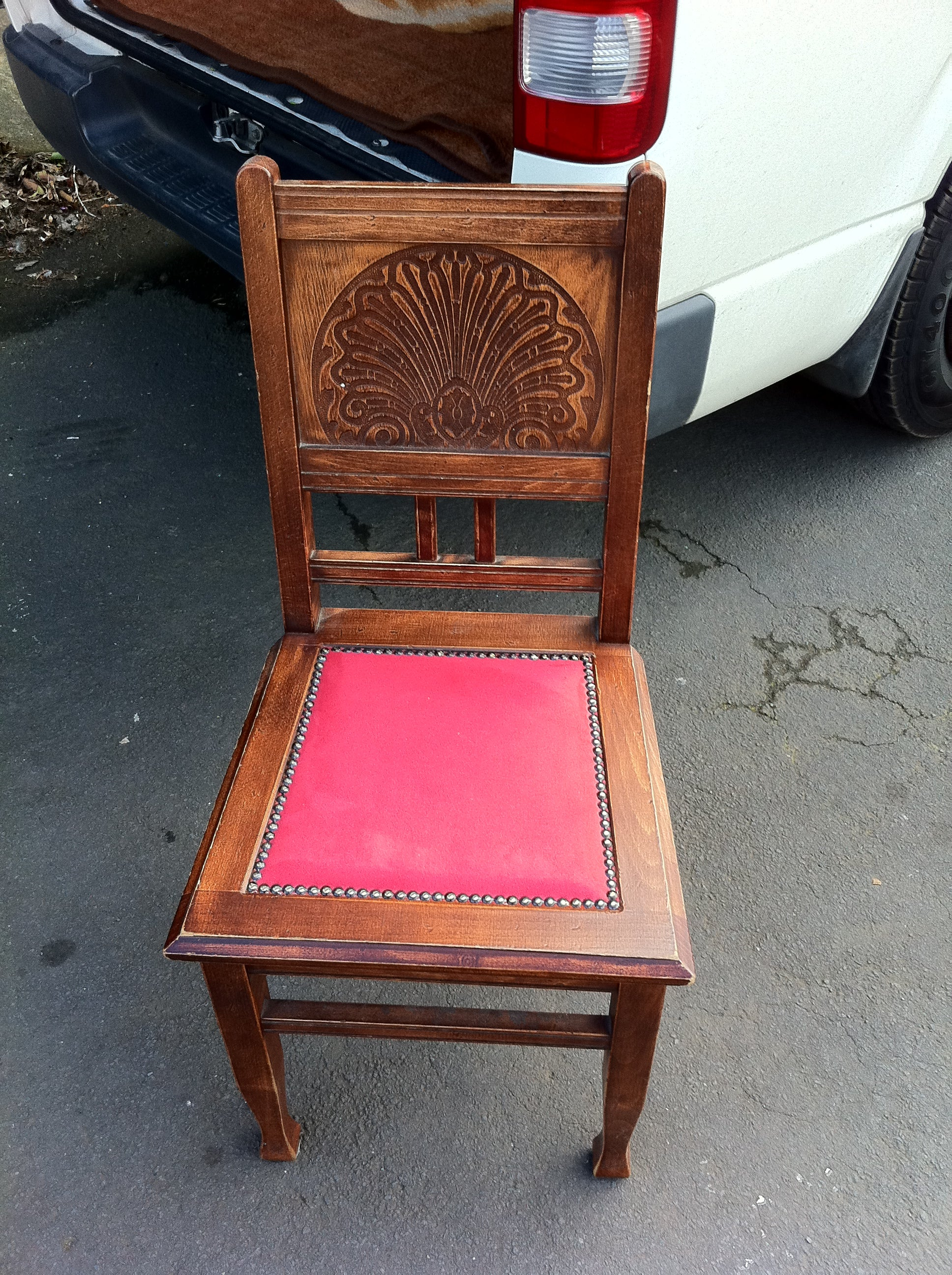 restaurant chair reupholstery