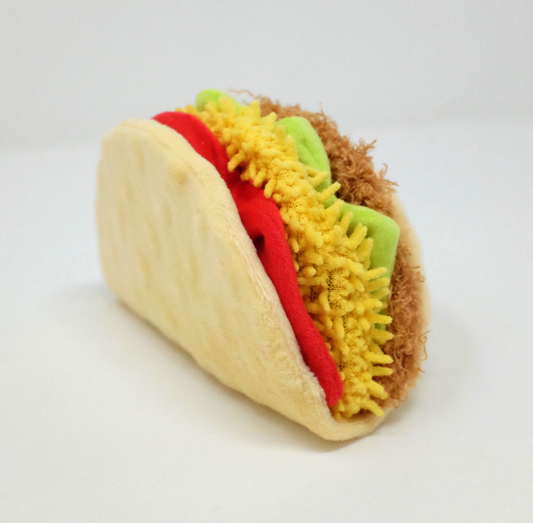 International Classic Toy - Tail Waggin' Taco