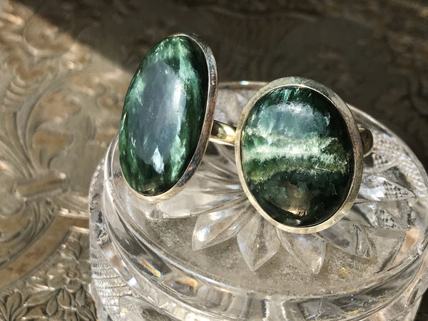 Seraphinite Ariel Ring Oval - Jewels & Gems