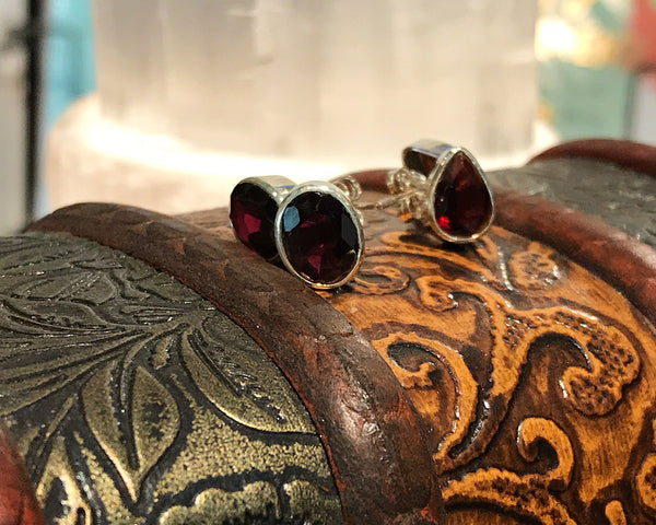 Garnet Akoni Studs Oval and Tear Drop - Jewels & Gems