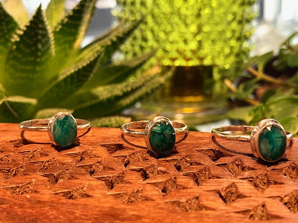 Semi-precious Emerald Ari Ring - Jewels & Gems