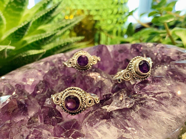 Amethyst Cassila Ring (US 8) - Jewels & Gems
