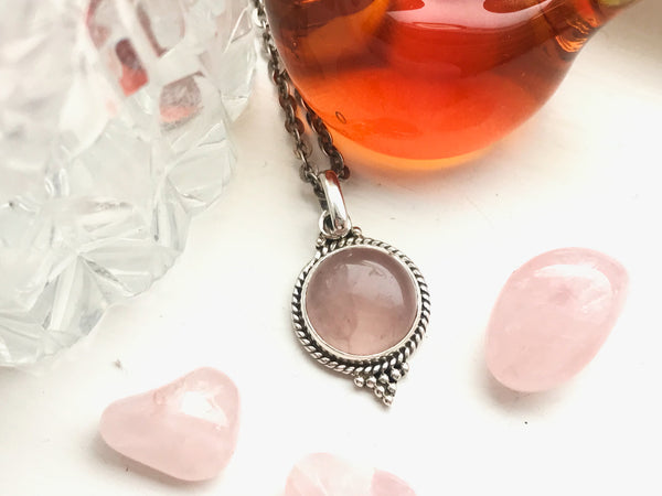 Rose Quartz Cassia Dot Pendant - Jewels & Gems