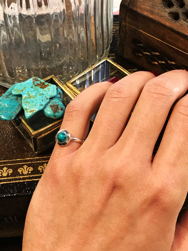 Turquoise Calix Ring (US 9.5) - Jewels & Gems