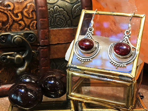 Garnet Kai Earrings - Jewels & Gems