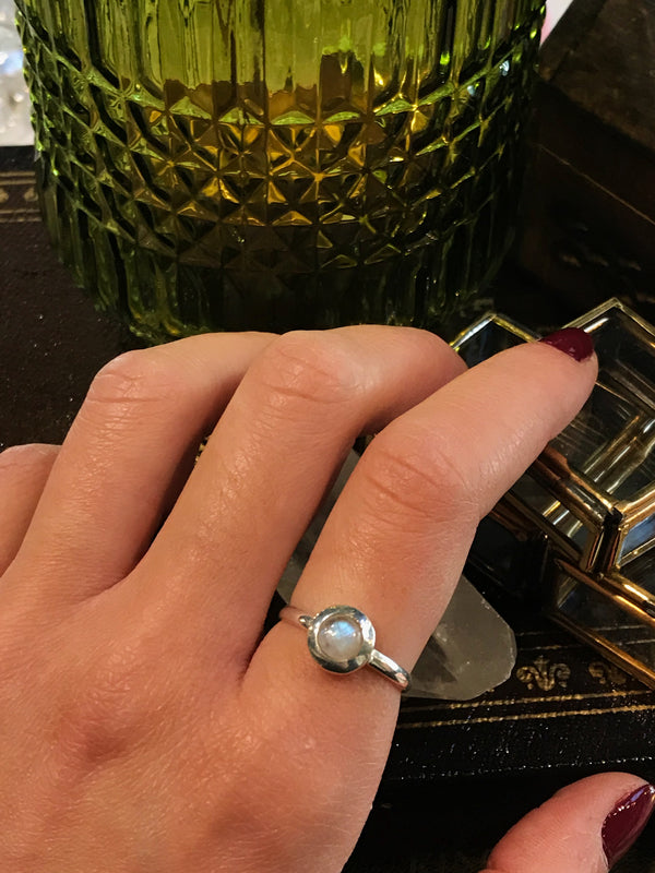 Moonstone Calix Ring - Jewels & Gems