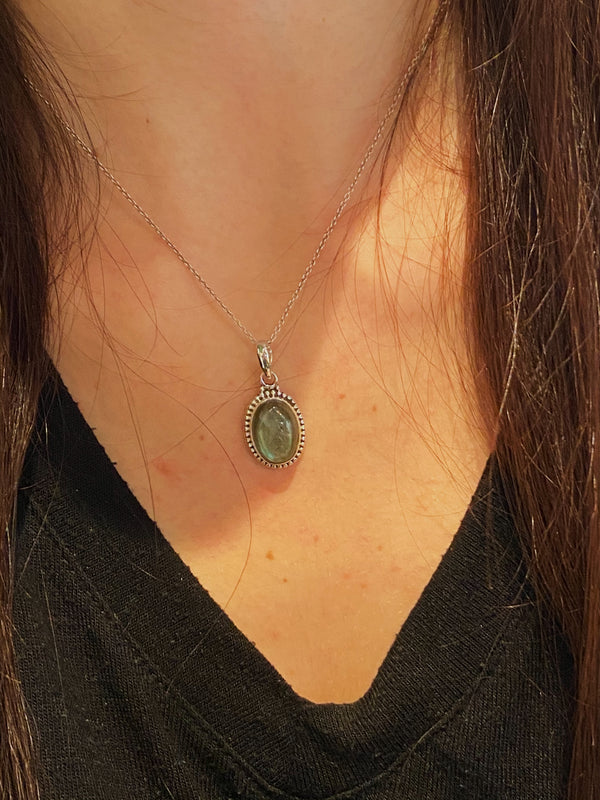 Labradorite Gala Pendant Tear Drop/Oval Small - Jewels & Gems