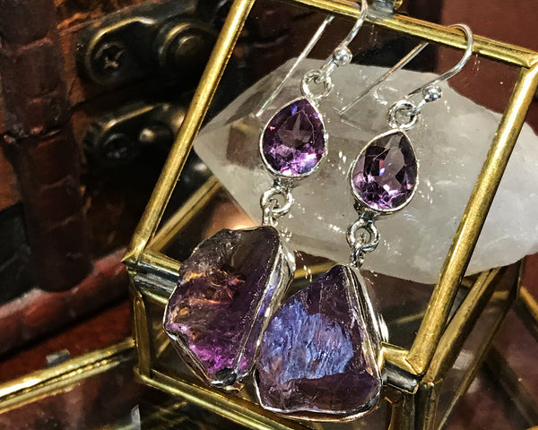 Amethyst Raw and Polished Akoni Earrings - Jewels & Gems