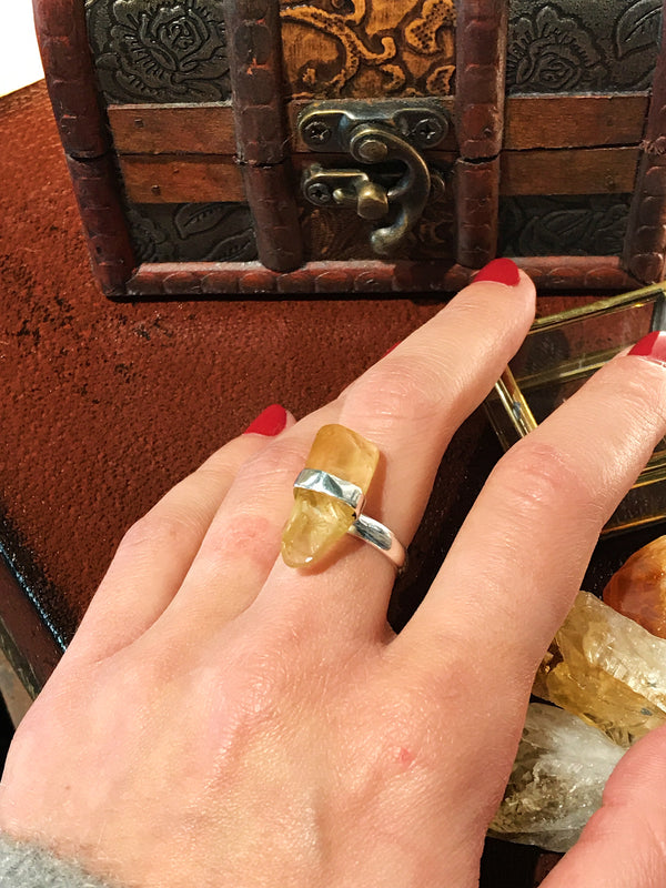 Citrine Katla Ring - Jewels & Gems