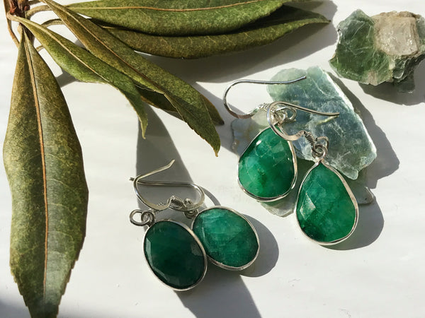 Semi-precious Emerald Akoni Earrings - Oval / Faceted Cut - Jewels & Gems