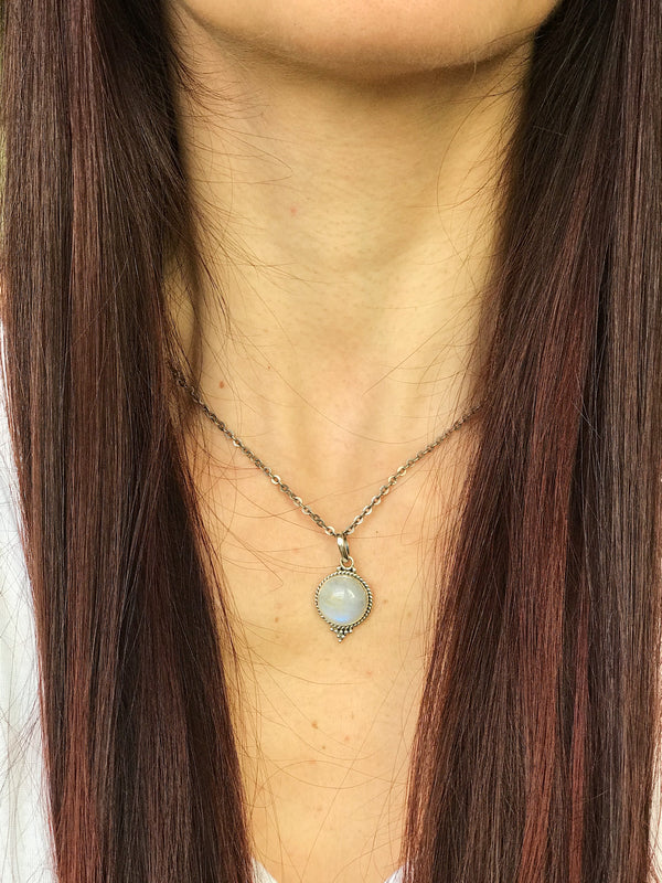 Moonstone Cassia Dot Pendant - Jewels & Gems