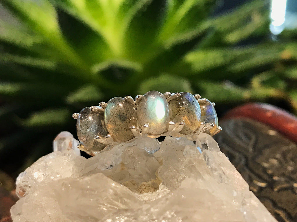 Labradorite Astrid Ring - Jewels & Gems