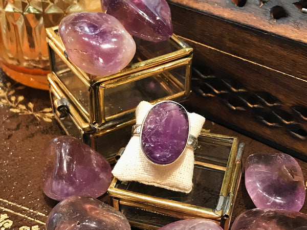 Raw Amethyst Akoni Ring - Oval - Jewels & Gems