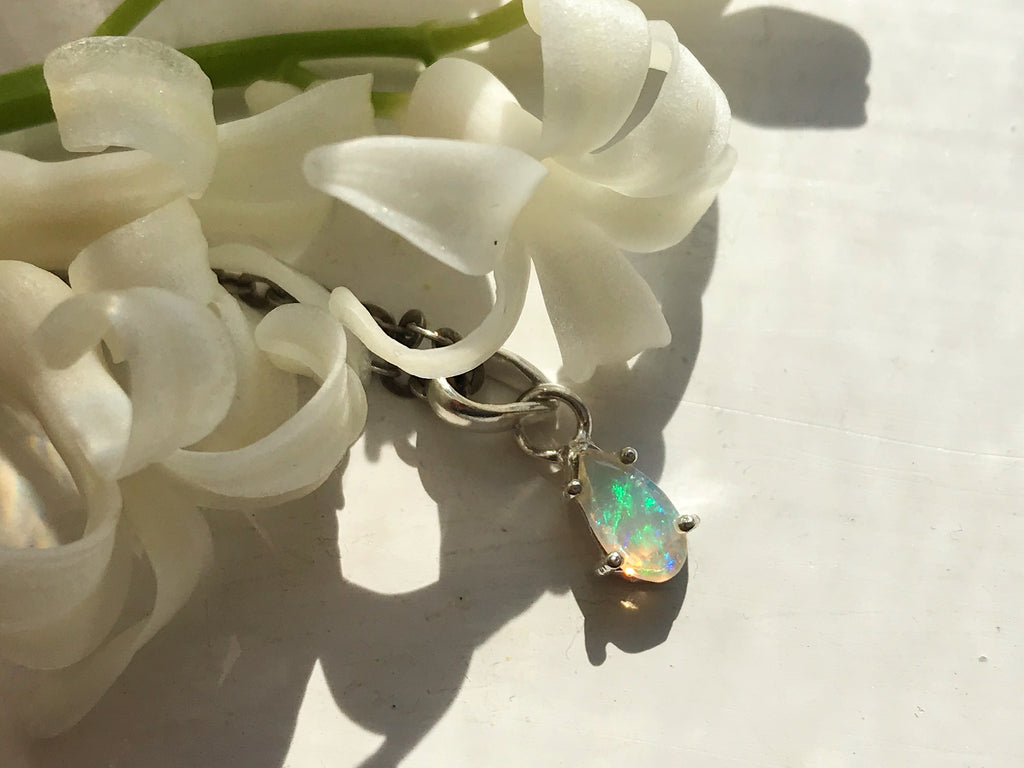 Opal Saana Pendant - Faceted Drop / Oval - Jewels & Gems