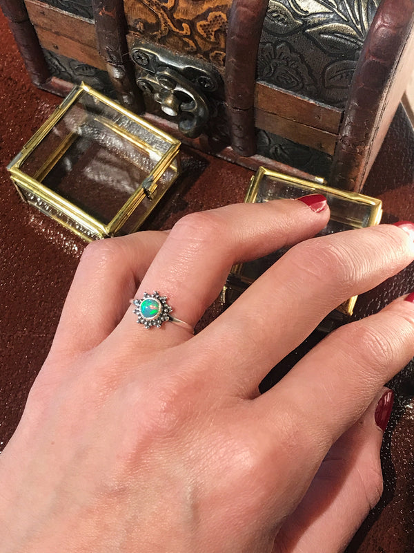 Ethiopian Opal Sole Ring - Jewels & Gems