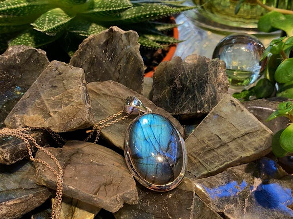 Labradorite Ariel Pendant - Large Oval - Jewels & Gems
