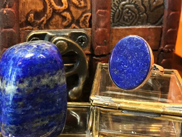 Lapis Lazuli Akoni Ring - Flat Oval - Jewels & Gems