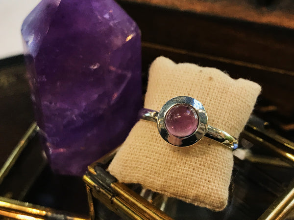 Amethyst Calix Ring - Jewels & Gems
