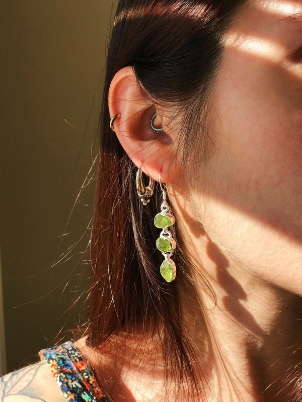 Peridot Akoni Earrings Triple Stone - Jewels & Gems